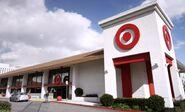 S03E16-Target storefront