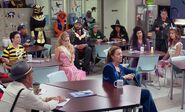 S03E05-Staff in Break Room