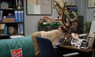 S03E07-Reindeer in Glenn's office