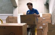 S02E14-Tim loading boxes