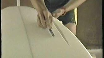 Shaping_a_surfboard
