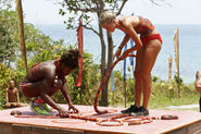 Cydney-gillon-and-alecia-holden-work-on-rope-puzzle-survivor-kaoh-rong-episode-4-cbs w35llx