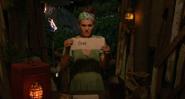 Sara votes Brad