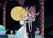 Star kissing Tom