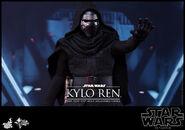 Kylo Ren Hot Toys 08