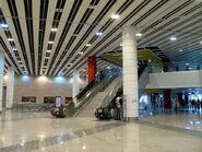800px-ShenZhen Metro Huang Gang Station Concourse