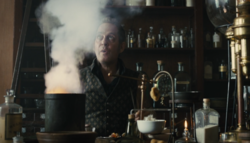 Taboo-Still-S1E08-Cholmondeley-Chemical-Explosion-02.png