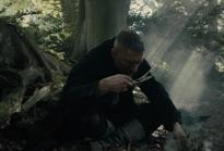 Taboo-Caps-1x07-James-Burning-Herbs