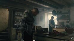Taboo-Caps-1x03-06-James-kitchen-Brace