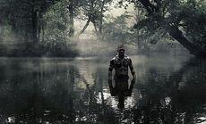 Taboo-Caps-1x05-James-Underwater