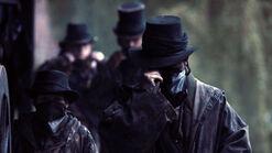 Taboo-Caps-1x06-Hearse-Gang