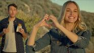Sunset Heart Hands – Rolled Chicken Tacos (Commercial) Taco Bell