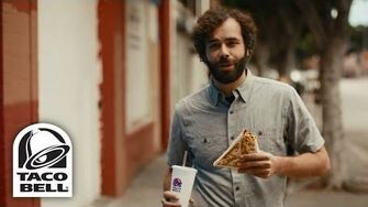Sharing_Sucks_2015_Taco_Bell®_Grilled_Stuft_Nacho_Commercial-0