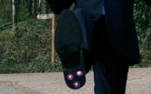 Laser shoe