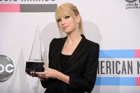 Taylor Swift - 2010 American Music Awards (92)