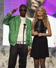 Taylor Swift - 2007 American Music Awards (10)