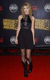 Taylor Swift - 2007 American Music Awards (21)