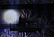 Taylor Swift - 2010 American Music Awards (53)