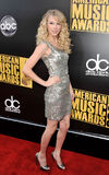 Taylor Swift - 2008 American Music Awards (5)