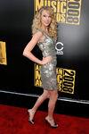 Taylor Swift - 2008 American Music Awards (9)