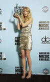 Taylor Swift - 2008 American Music Awards (69)