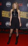 Taylor Swift - 2007 American Music Awards (19)