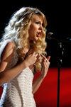Taylor Swift - 2008 American Music Awards (42)