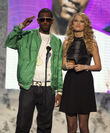 Taylor Swift - 2007 American Music Awards (14)