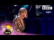 @Taylor Swift performs Lover - The Final - BBC Strictly Come Dancing 2019