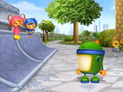 Skate ramp