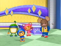 Team Umizoomi at the alley.png