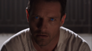 3x08 Peter blue eyes