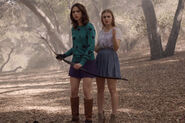 3x13 Allison in the woods with Lydia