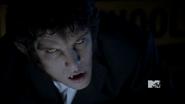 1x11 Scott shifts infront of Allison