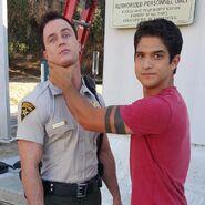 Teen Wolf Season 5 Behind the Scenes Tyler Posey Ryan Kelley on location 082815