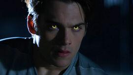 Dylan-Sprayberry-Liam-gold-Beta-eyes-Teen-Wolf-Season-6-Episode-2-Superposition.jpg