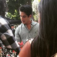 Teen Wolf Season 5 Behind the Scenes Tyler Posey greets students at Pali 3 021115