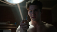Cody-Christian-Theo-killed-spider-Teen-Wolf-Season-6-Episode-12-Raw-Talent.png