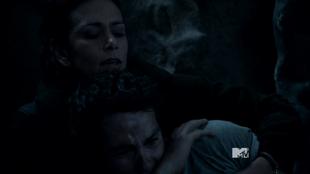 Teen Wolf Season 3 Episode 18 Riddled Melissa McCall saves Stiles