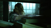 Shelley-Hennig-Malia-freezing-Teen-Wolf-Season-6-Episode-9-Memory-Found