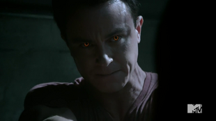 Teen Wolf Season 4 Episode 11 A Promise to the Dead Parrish eyes