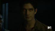 Teen Wolf Season 5 Episode 14 The Sword and the Spirit Scott's alpha eyes
