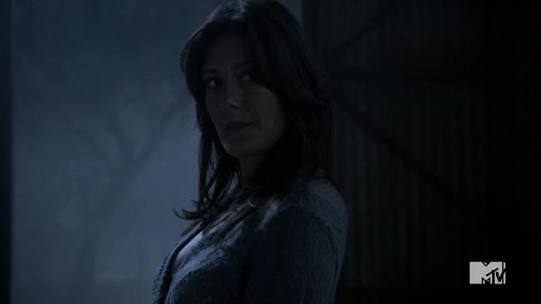 Teen Wolf Season 3 Episode 8 Visionary Alicia Coppola Talia Hale.png