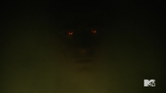 Teen Wolf Season 5 Episode 17 A Credible Threat Hellhound eye glow