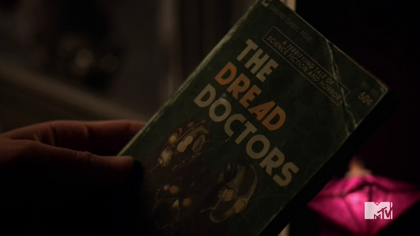 Teen Wolf Season 5 Episode 4 Condition Terminal Dread Doctors Book.png