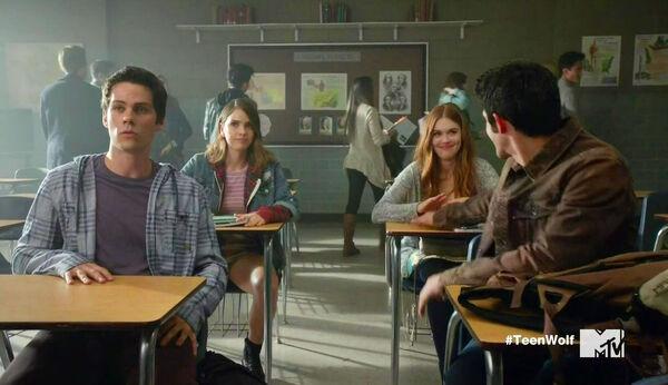Dylan-O'Brien-Shelley-Hennig-Holland-Roden-Tyler-Posey-Classroom-Teen-Wolf-Season-6-Episode-Riders-on-the-Storm-Wikia.jpg