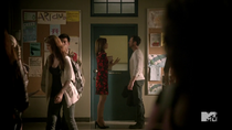 Teen Wolf Season 3 Episode 19 Letharia Vulpina Lydia's Mom with Peter