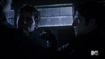 Teen Wolf Season 3 Episode 19 Letharia Vulpina injection for Nogitsune Stiles
