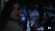 Teen Wolf Season 5 Episode 14 The Sword and the Spirit Banshee premonition