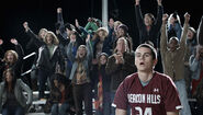 12 stiles-crowd1.02